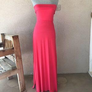 NWOT IntiMint Coral Maxi Dress Medium Medium